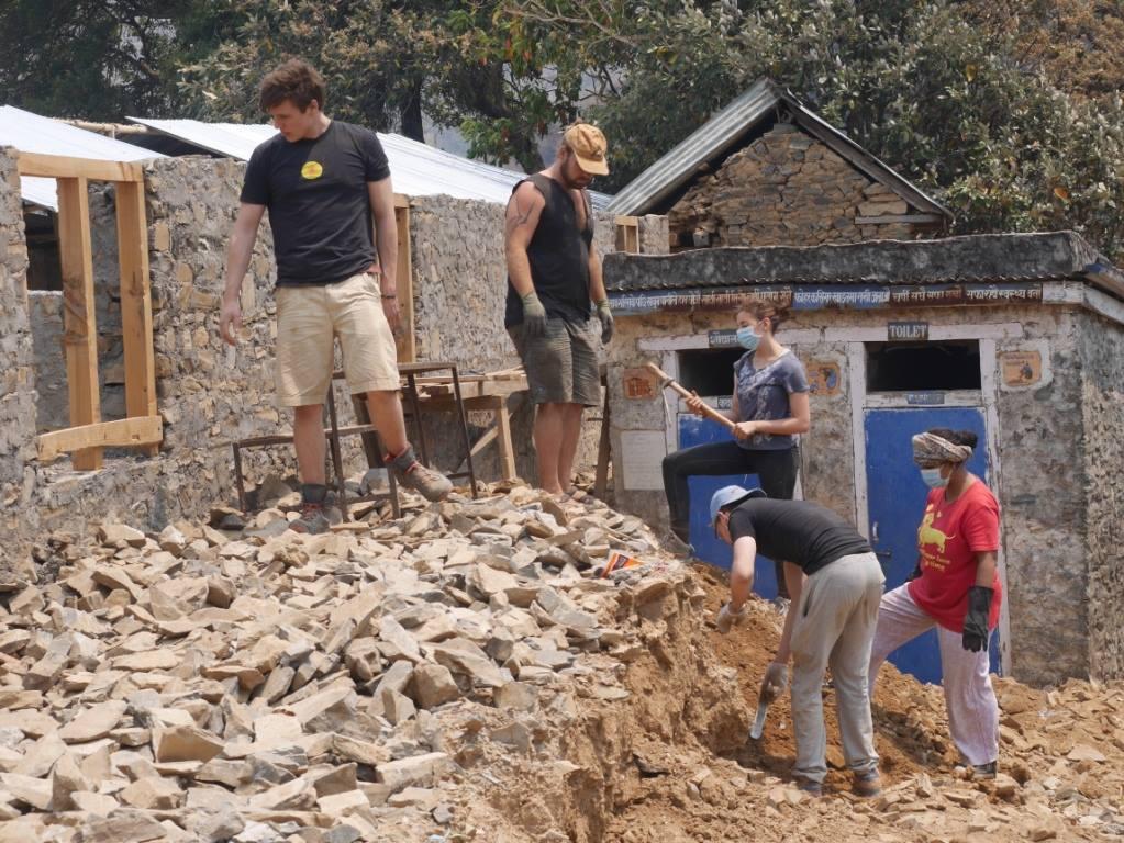 Voyage humanitaire de Léa au Népal